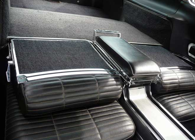 /66-charger-hemi-cora-rear-seats-folded