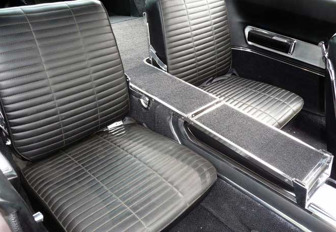 66-charger-hemi-cora-rear-seats
